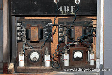 Railway signalling equipment